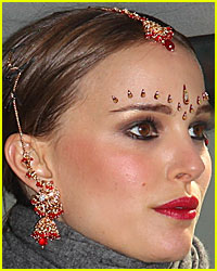 Natalie Portman is a Bindi Babe