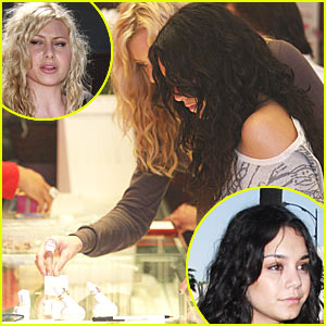 Vanessa Hudgens Gets Ring Bling