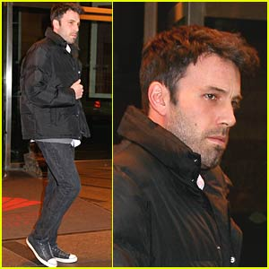Ben Affleck Marches Through Midtown