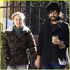 Devendra Banhart in Love With Natalie Portman