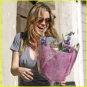 Ellen Pompeo is a Flower Girl