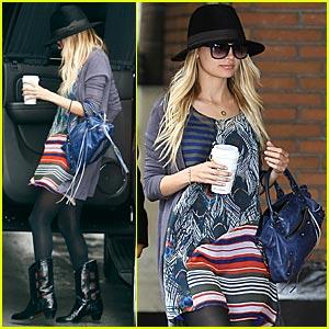 Nicole Richie: Celebrity Mom in Cuffs