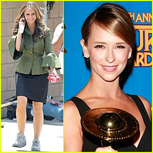 Jennifer Love Hewitt is The Saturn Whisperer