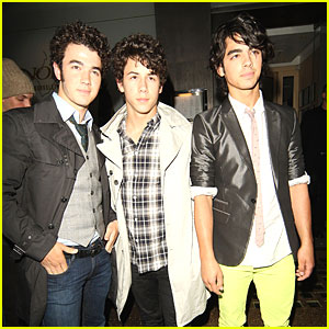 The Jonas Brothers Savor Sushi