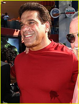 Lou Ferrigno Has a Sweaty Chest