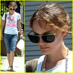 Natalie Portman Marches on Manhattan