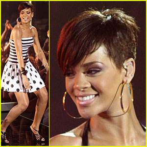 Rihanna Scores Spanish Idol