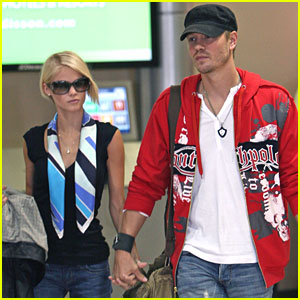 Chad Michael Murray Lands at LAX