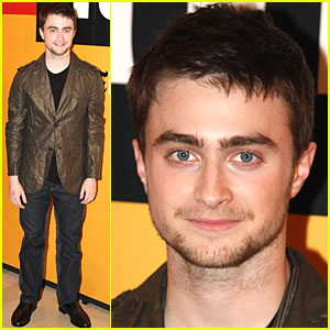 Daniel Radcliffe Takes Time to Talk