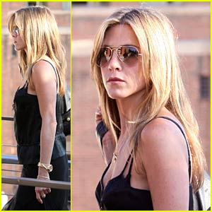 Jennifer Aniston is a Top Earning Actress