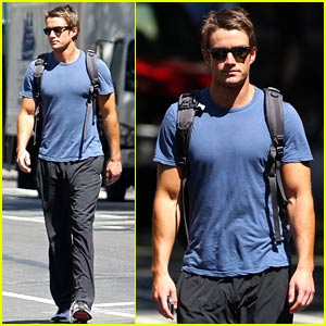 Robert Buckley is SoHo Sexy