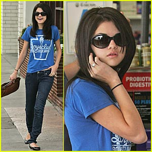 Selena Gomez: Join the Boys' Club!