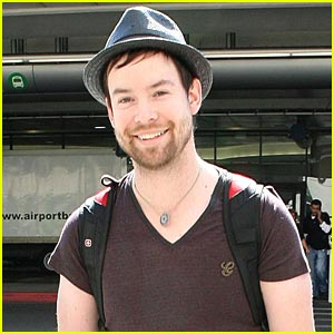 David Cook Laces Up With Skechers