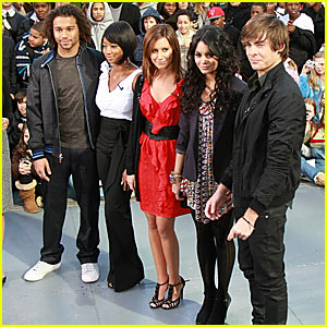 High School Musical 3 Hit 'The Early Show'