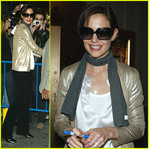 Katie Holmes is a People Pleaser