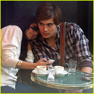 Zac Efron Shoulders Vanessa Hudgens