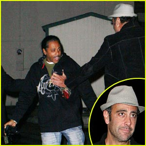 Brad Garrett Attacks Paparazzi