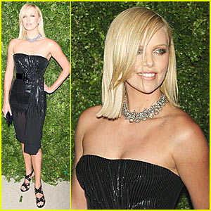 Charlize Theron Supports Vogue Fashion Fund