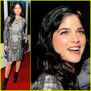 Selma Blair is Snake Sexy