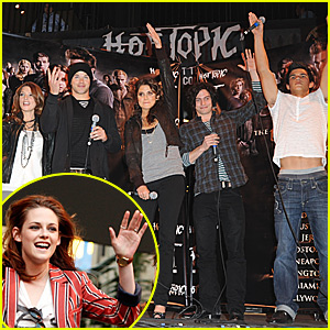 Twilight Cast Rocks Paramore's