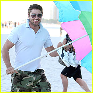 Gerard Butler Can Stand Under My Umbrella