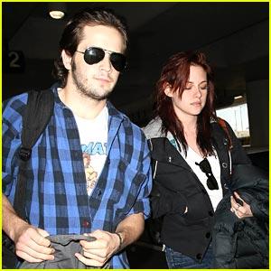Kristen Stewart: Peep My Boyfriend!