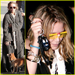 Olsen Twins: Santa Sunglasses!