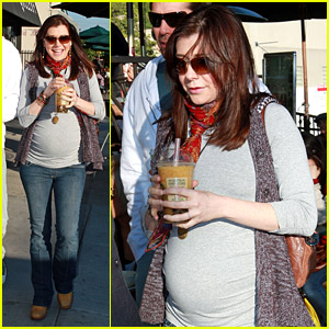 Alyson Hannigan: Bubble Tea Time!