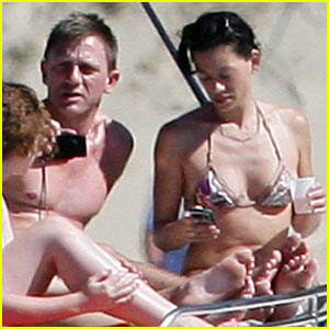 Daniel Craig Celebrates New Year's Eve in St. Bart's