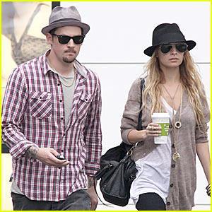 Nicole Richie & Joel Madden Shop Chanel