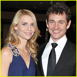 Claire Danes & Hugh Dancy: Engaged!