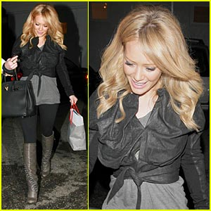 Hilary Duff is a Byron & Tracey Babe