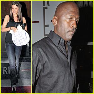 Michael Jordan: Sexy Slam Dunk!