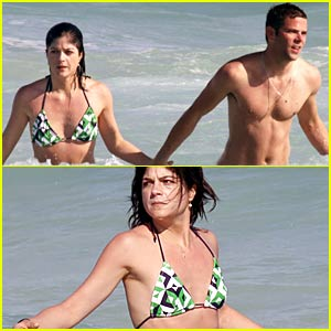 Selma Blair & Mikey Day: Life's A Beach
