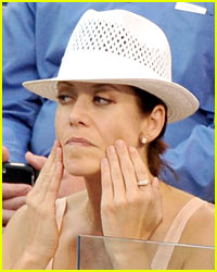 Kate Walsh Gets Her Face Pulled