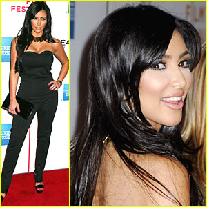 Kim Kardashian Goes Back to Black