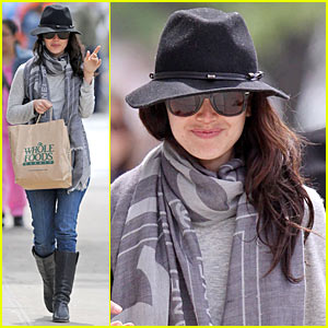 Rachel Bilson is Whole Foods Fierce
