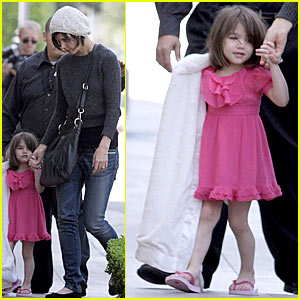 Suri Cruise is an All-American Girl