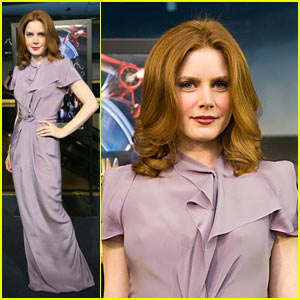 Amy Adams' Night At The Museum