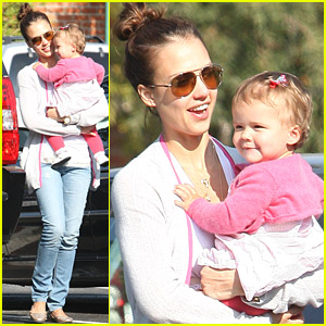 Jessica Alba Goes Bristol Farms Fresh