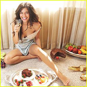 Jessica Szohr: Fork Over That Burger!