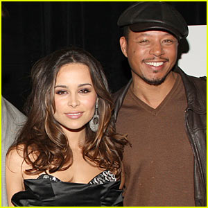 Terrence Howard: Not Engaged!