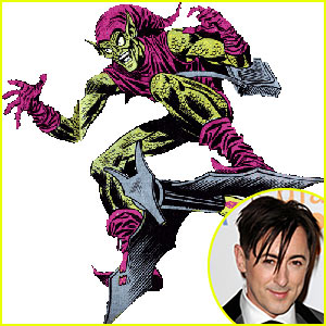 Alan Cumming is Broadway's Green Goblin