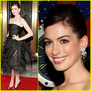 Anne Hathaway - Tony Awards 2009