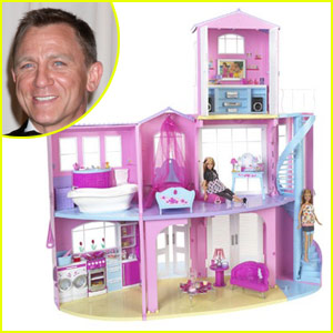 Daniel Craig Builds His 'Dream House'