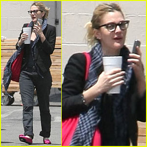 Drew Barrymore is a Horn-Rimmed Hottie
