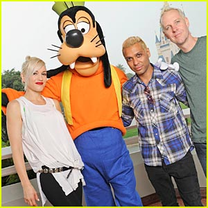 Gwen Stefani is Goofy