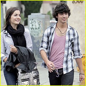 Joe Jonas: Joans-ing For Camilla Belle