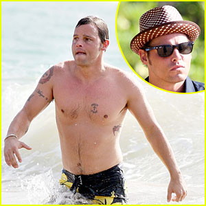 Justin Chambers is Shirtless Sexy