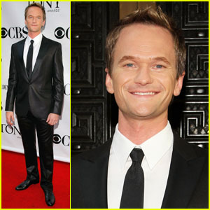 Neil Patrick Harris Hosts 2009 T